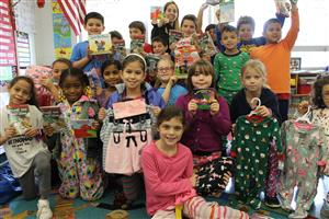 Students Donating to the Pajama Programs Fall Drive