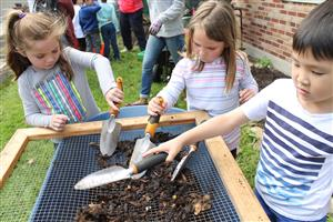 Students Compost